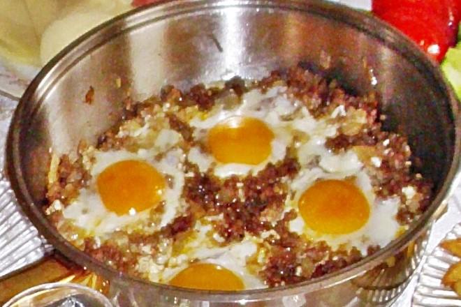 kiymali-yumurta-tarifi
