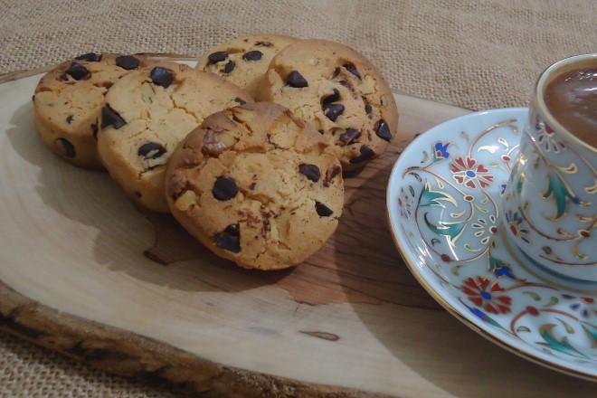 tarcinli-cevizli-starbucks-kurabiyesi